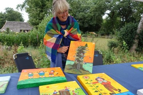 Impressie foto kunstmarkt Wezup Drenthe 2019 schilderijen voor kinderkamers Geja Leever
