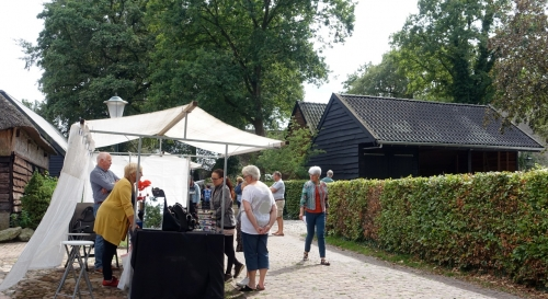 Impressie foto kunstmarkt Wezup Drenthe 2019 VanAns