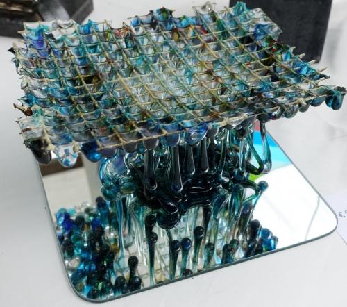 Impressie foto kunstmarkt Wezup Drenthe 2019 Jannetta Bron Glaskunst