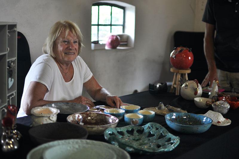Keramiek van Keramineke - Ineke de Boer deelnemer Kunstmarkt Wezup 2019